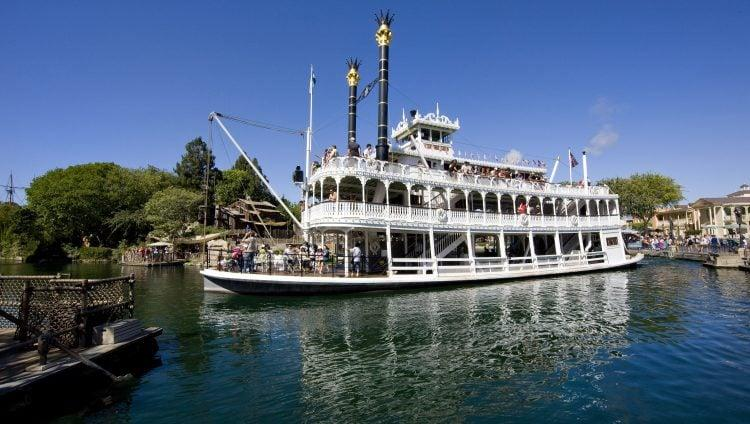 "<p>Imagine having this view while eating lunch or dinner. If your family just wants a casual meal, <a href=""https://disneyland.disney.go.com/dining/disneyland/river-belle-terrace/"" target=""_blank"" class=""ga-track"" data-ga-category=""Related"" data-ga-label=""https://disneyland.disney.go.com/dining/disneyland/river-belle-terrace/"" data-ga-action=""In-Line Links"">River Belle Terrace</a> is a great choice. They serve up tasty southern comfort foods with a distinct Disney twist. We love the skillet <a href=""https://www.popsugar.com/food/Disney-World-Mac-Cheese-Food-Truck-45889206"" class=""ga-track"" data-ga-category=""Related"" data-ga-label=""http://www.popsugar.com/food/Disney-World-Mac-Cheese-Food-Truck-45889206"" data-ga-action=""In-Line Links"">macaroni and cheese</a>, which is made with three cheeses and topped with brisket!</p> <p><strong>Location:</strong> Disneyland Park, Frontierland<br> <strong>Dining Experience:</strong> Table service<br> <strong>Reservations:</strong> Highly recommended</p>"
