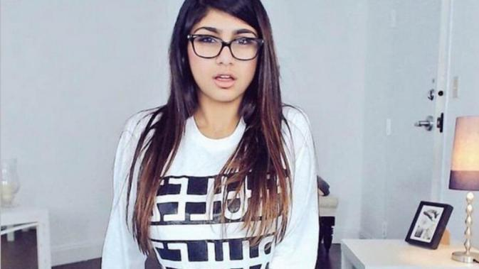Mia Khalifa, wanita asal Lebanon yang sempat menjadi bintang film porno. (Sports Illustrated)