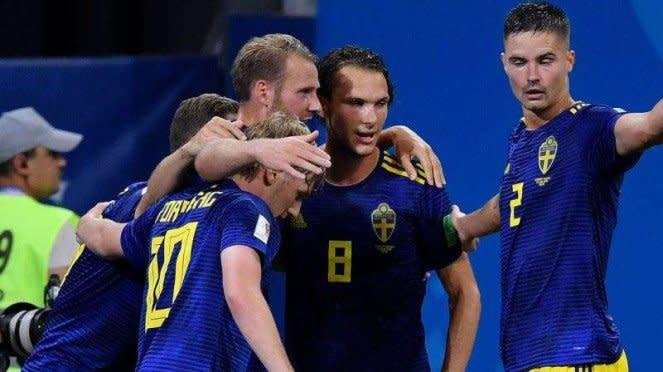 Timnas Swedia rayakan gol ke gawang Jerman