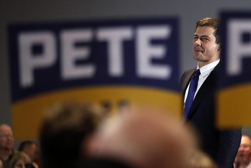 Democratic presidential candidate former South Bend, Ind., Mayor Pete Buttigieg, wraps up a town hall meeting in Cedar Rapids, Iowa, Tuesday, Jan. 21, 2020. (AP Photo/Gene J. Puskar)
