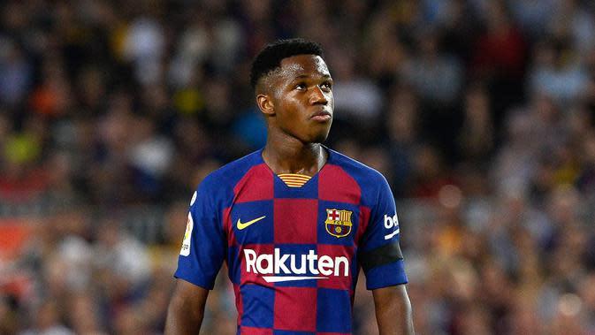 Ansu Fati (17 tahun) - Perfroma apik Fati di Liga Spanyol dan Liga Champions membuat pemain kelahiran Guinea-Bissau ini menjadi sorotan. Fati tercatat sebagai pemain termuda yang mencetak gol di Liga Champions. (AFP/Pau Barrena)