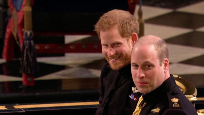 Pangeran William dan Pangeran Harry (UK Pool/Sky News via AP)