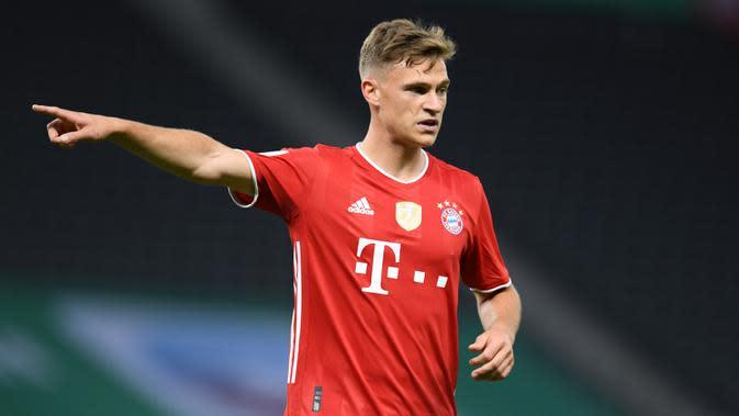 5. Joshua Kimmich (Bayern Munchen) - Pemain berusia 25 tahun ini disebut sebagai Philipp Lahm baru di Bayern Munchen. Kimmich memiliki yang berposisi sebagai seorang gelandang berubah menjadi salah satu bek kanan terbaik di dunia saat ini. (AFP/Annegret Hilse/pool)