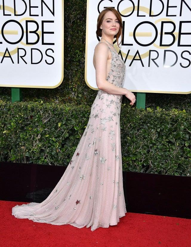 emma stone at golden globe 2017