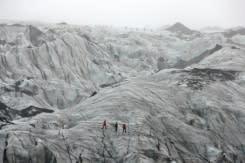 Ssejumlah siswa Islandia saksikan kenyataan mengerikan pencairan gletser