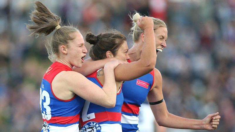 AFLW BULLDOGS CATS