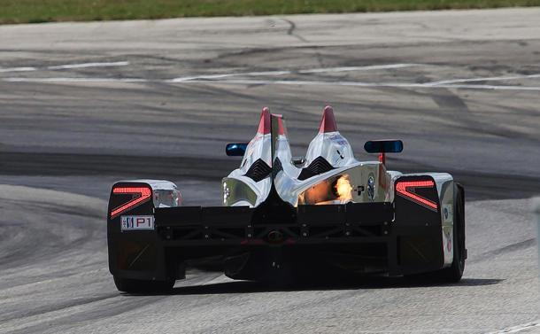 Flaming Deltawing: Flickr photo of the day