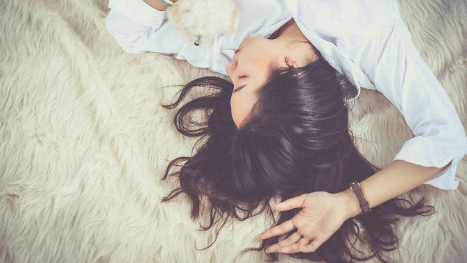 Ilustrasi seseorang bermimpi. (Photo by Jess Foami on Pixabay)