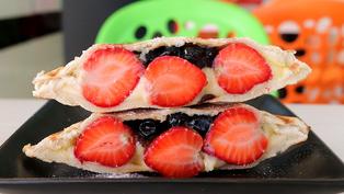 全台最多口味的熱壓吐司專賣店,草莓季限定商品,錯過再等一年!