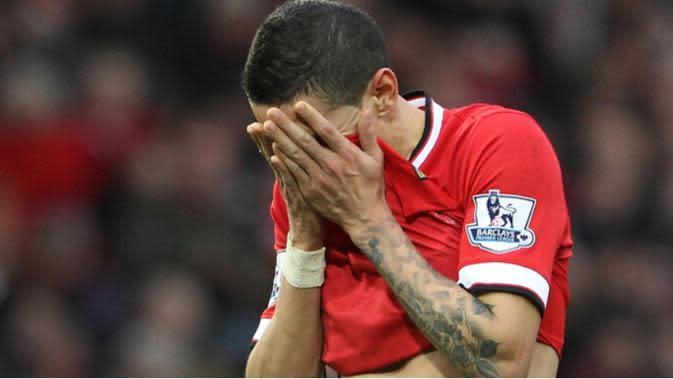 WAJIB - Manchester United harus membuang empat pemain ini jika ingin tampil lebih baik. (caughtoffside)
