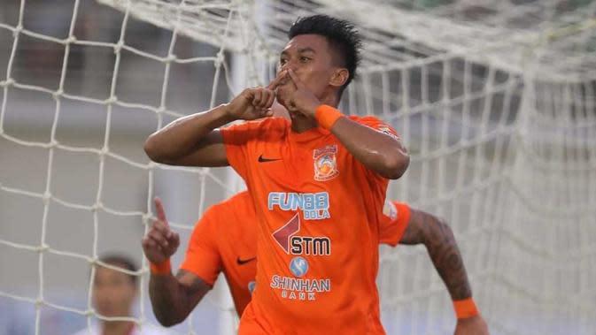 Penyerang Borneo FC, Lerby Eliandry, menjadi salah satu pencetak gol terbanyak sementara Liga 1 2018 dengan raihan dua gol. (Instagram/@borneofc.id)