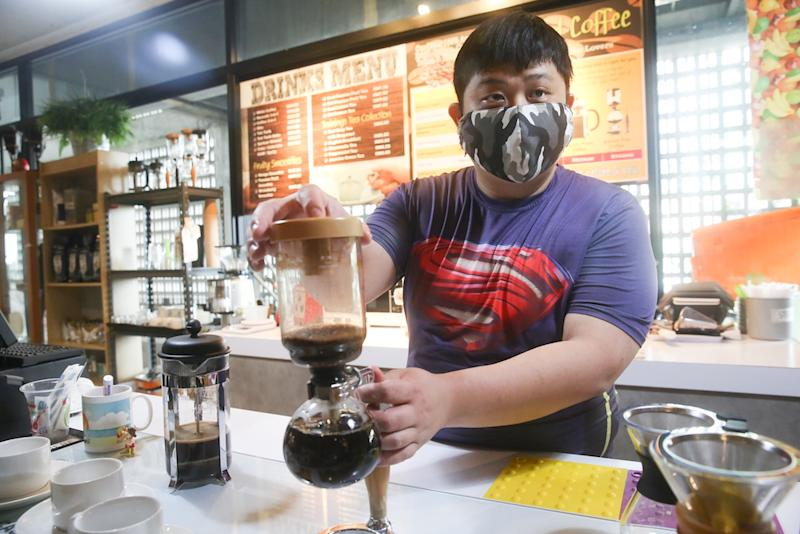 Kok started studying to become a full-fledged barista after one of his friends encouraged him to pick up latte art. — Picture by Choo Choy May