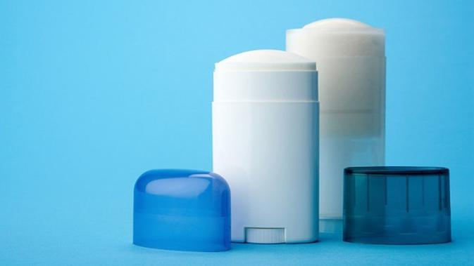 Jangan pernah percaya 5 mitos tentang deodoran ini. (Via: ufprism.com)