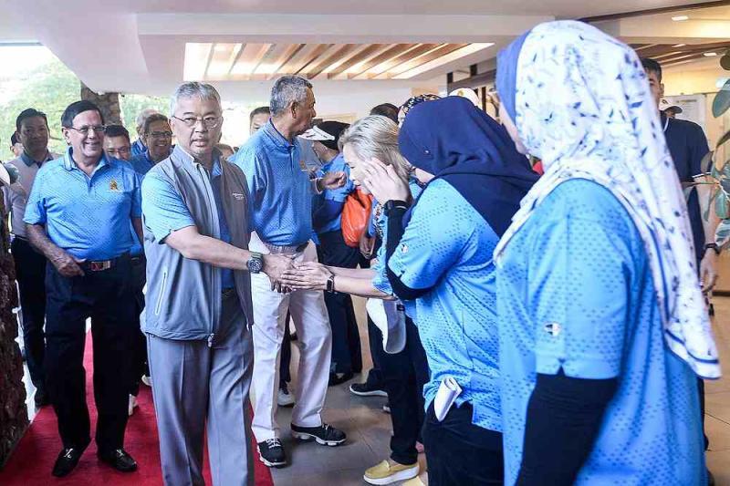 Yang di-Pertuan Agong Al-Sultan Abdullah Ri'ayatuddin Al-Mustafa Billah Shah arrive for the MGA Charity Golf 2020 in Kota Permai Golf and Country Club, Kota Kemuning February 23,2020. — Picture by Miera Zulyana