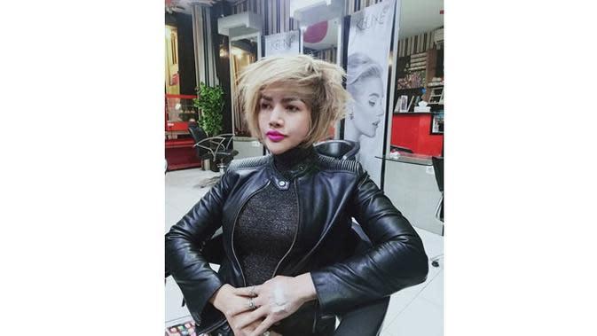 6 Gaya Rambut Barbie Kumalasari yang Paling Curi Perhatian, Selalu Stylish (sumber: Instagram.com/barbiekumalasari)