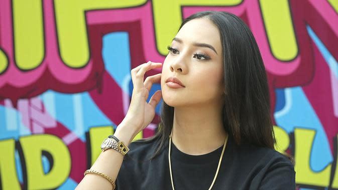 Anya Geraldine Peluncuran (Bambang E Ros/Fimela.com)