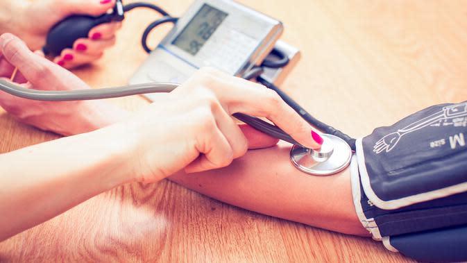 Akan lebih baik lagi jika kita menjaga tekanan darah tetap terkendali sehingga terhindar dari hipertensi (Ilustrasi/iStockphoto)