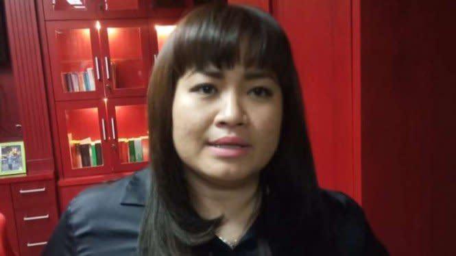 Pilkada Surabaya: Demokrat Anggap Wajar Salam Dua Jari Emil Dardak