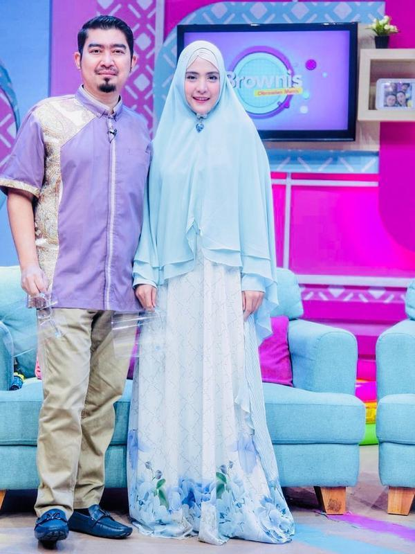 Tidak lama kemudian, tepatnya pada 22 Juli 2013, doa pasangan ini untuk memiliki anak dikabulkan. April melahirkan anak laki-laki yang diberinama Sultan Mahmoed Qusyairi. (Instagram/apriljasmine85)