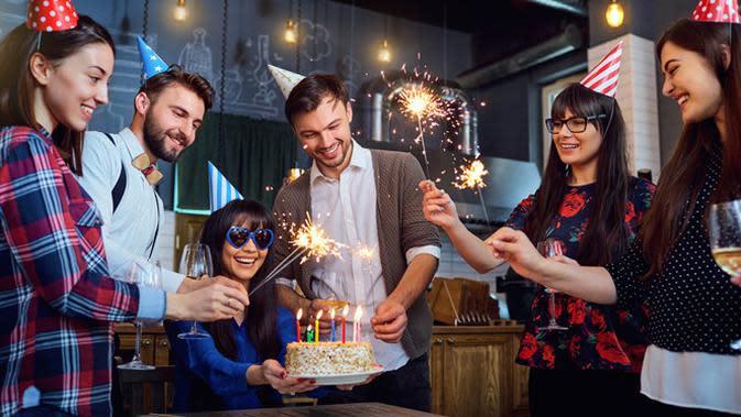 Ilustrasi ulang tahun (foto: shutterstock).