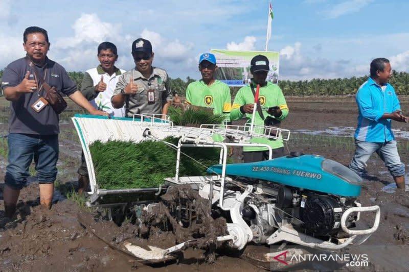 Mekanisasi pertanian tarik minat kaum milenial