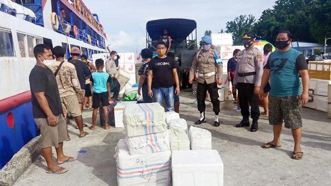Wah, Ratusan Liter Cap Tikus Disembunyikan di Toilet Kapal Rute Manado–Talaud