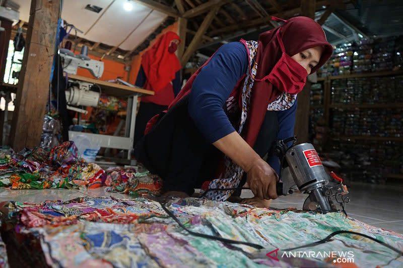 Kemenperin dorong industri batik dan kerajinan manfaatkan teknologi