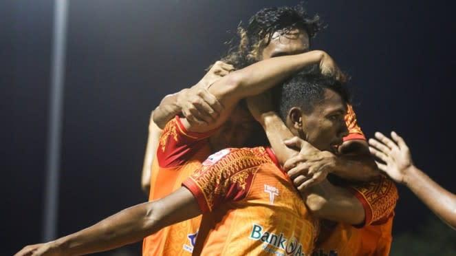 Selebrasi pemain Persiraja usai mencetak gol.
