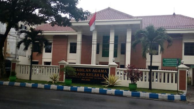 Pengadilan Agama Kota Malang. Status pernikahan bisa dibatalkan jika memenuhi persyaratan secara syari dan administrasi negara (Liputan6.com/Zainul Arifin)