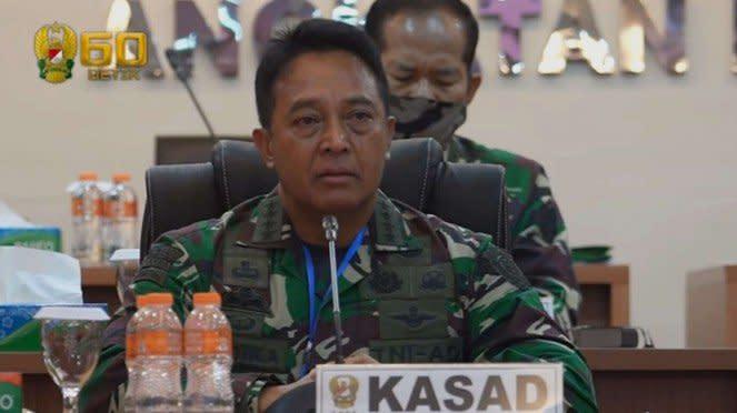 Kasad Jenderal TNI Andika Perkasa Meneteskan Air Mata