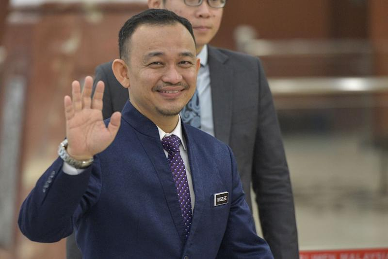 Education Minister Maszlee Malik arrives at Parliament November 7, 2019. — Picture by Shafwan Zaidon