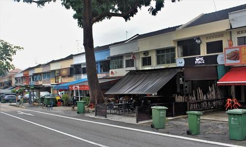 Photo of eateries along Jalan Kayu
