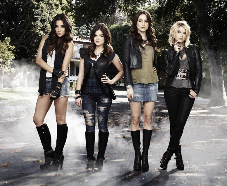 """Pretty Little Liars"""