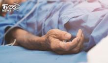 父離家患肝癌討2萬元 她忍痛做決定:不知道能給多久