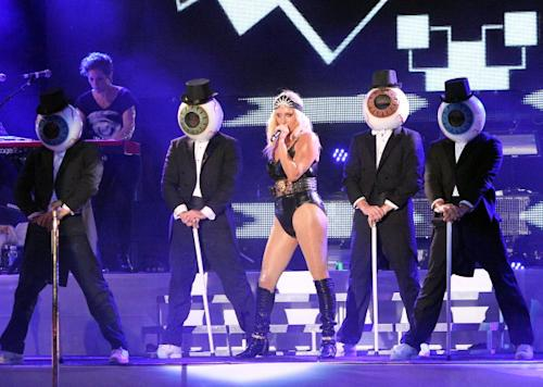 Does Ke$ha's Stage Show Rip Off the Residents?
