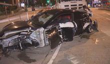 黃大仙私家車失控越線撼的士小巴 釀三傷
