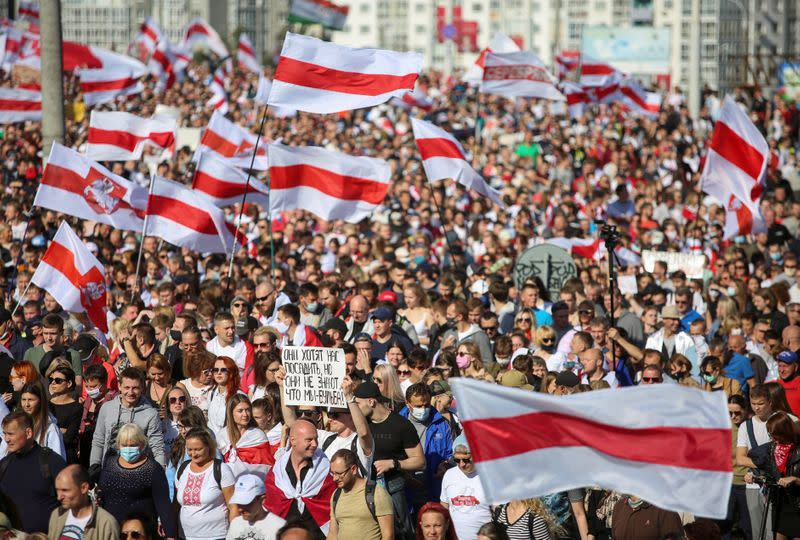 At least 100,000 Belarus protesters flood streets to demand end of Lukashenko