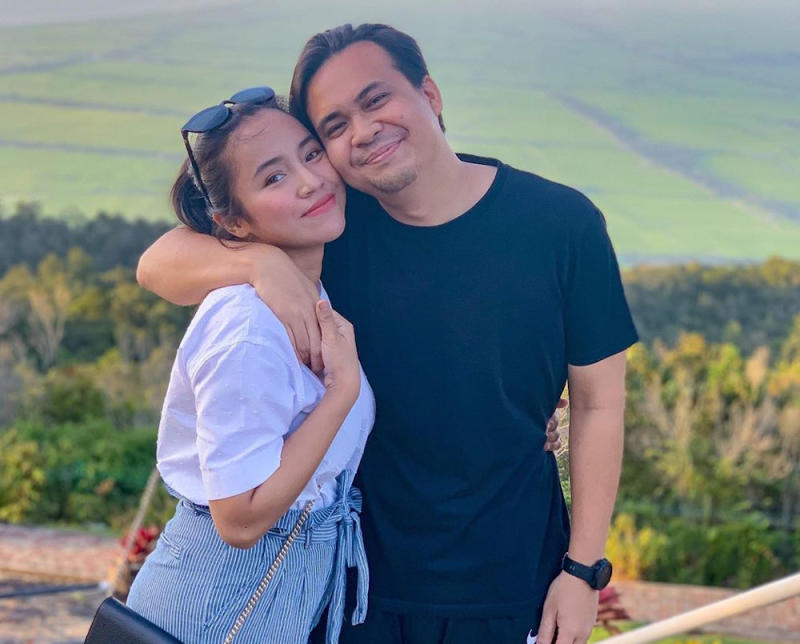 In an Instagram post, local actress, Ika Nabella confessed that she is proud of her husband's weight-loss progress. — Photo courtesy of Instagram/ikanabella