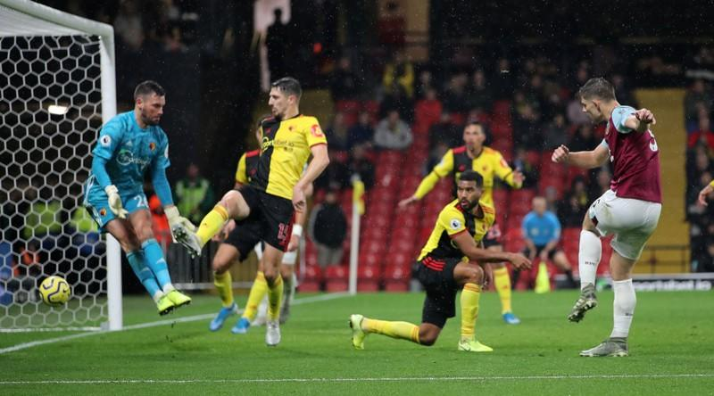 Premier League - Watford v Burnley