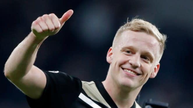 Gelandang Ajax Amsterdam, Donny van de Beek