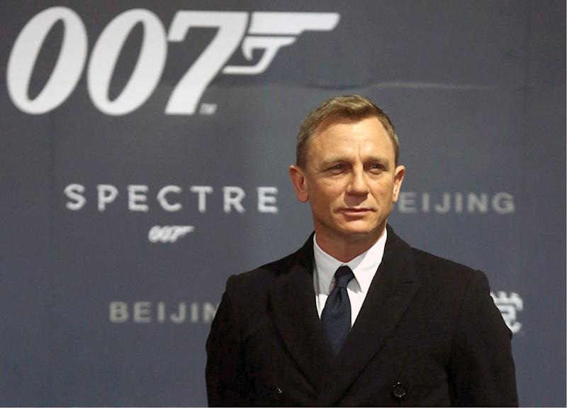 BEIJING, CHINA - NOVEMBER 12: (CHINA OUT) Actor Daniel Craig attends 'Spectre' premiere at The Place on November 12, 2015 in Beijing, China. (Photo by Visual China Group via Getty Images/Visual China Group via Getty Images)