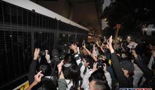 黃之鋒等人判監 英國外相促港府及北京停止打壓反對派