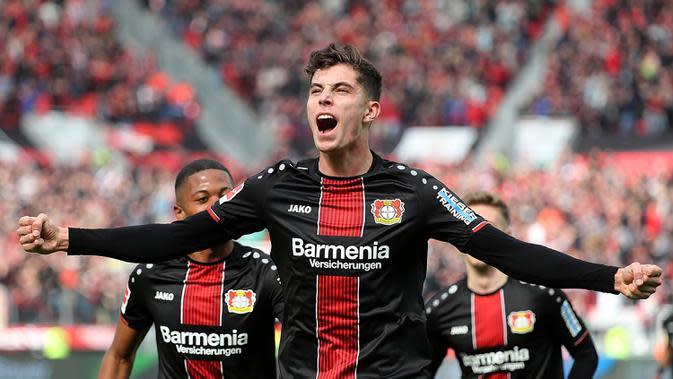 Gelandang Leverkusen, Kai Havertz, saat merayakan golnya ke gawang RB Leipzig dalam laga lanjutan kompetisi Bundesliga di Leverkusen, Jerman pada 6 April 2019. Bayer Leverkusen menang 2-1 atas Leipzig. (AFP/Hasan Bratic)