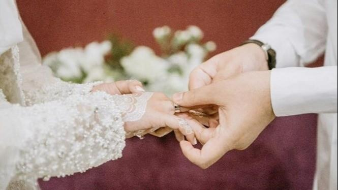 Pikirkan Lagi jika Alasanmu Menikah Adalah 5 Hal Ini