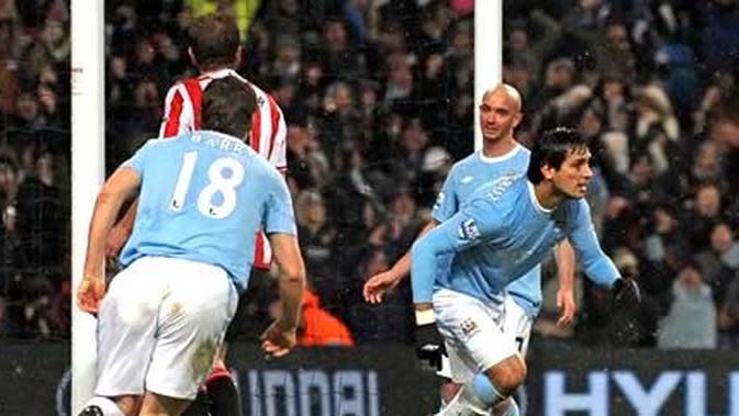 Roque Santa Cruz menyumbang dua gol bagi kemenangan dramatis Manchester City yang membekuk Sunderland 4-3 pada laga Liga Premier di City of Manchester Stadium, 19 Desember 2009. AFP PHOTO/PAUL ELLIS