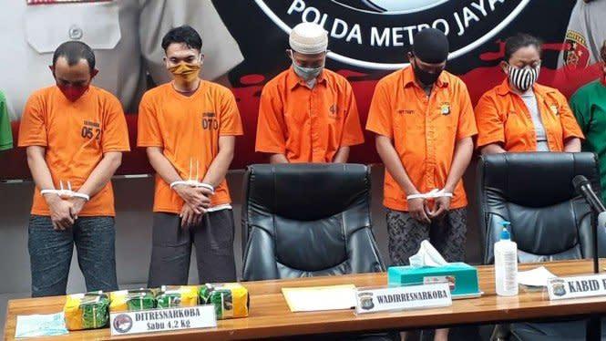 Polda Metro Jaya Sita 66 Kg Sabu dan 7 Ribu Pil Ekstasi dalam 2 Bulan