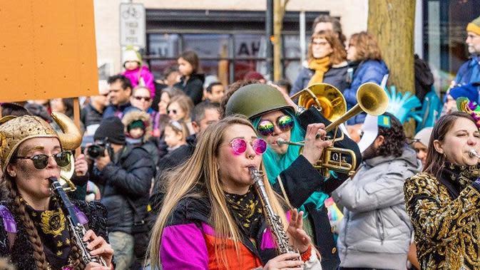Ilustrasi bermain alat musik klarinet. (Liputan6/Pixabay)
