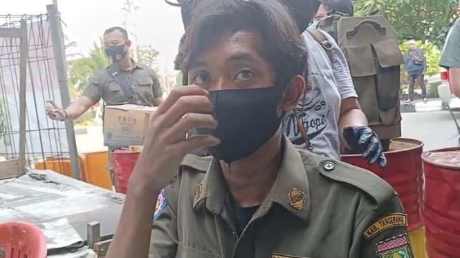 Nyamar Ikut Demo UU Cipta Kerja, Satpol PP Gadungan Ditangkap Polisi