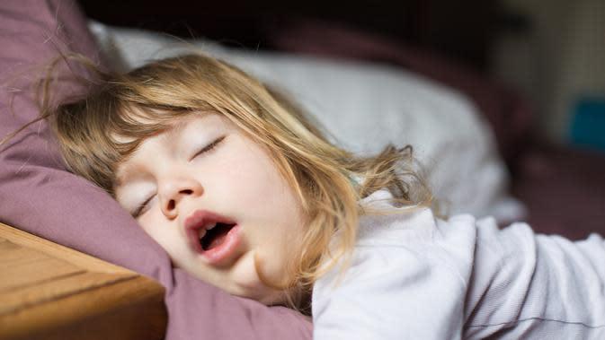 Beginilah cara agar anak bisa tidur dengan sendirinya (iStockphoto)