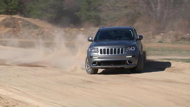 Jeep Grand Cherokee SRT8, a 'shine runner's dream: Motoramic TV